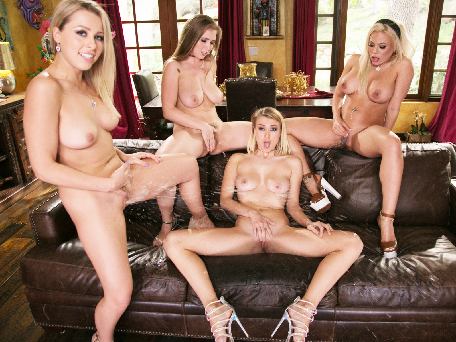 Sexy lesbians squirting orgy